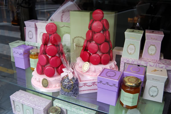 Laduree-tea-time