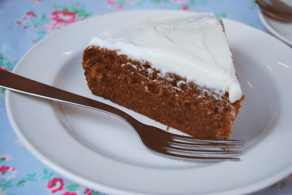 Mamie Gâteaux carrot cake