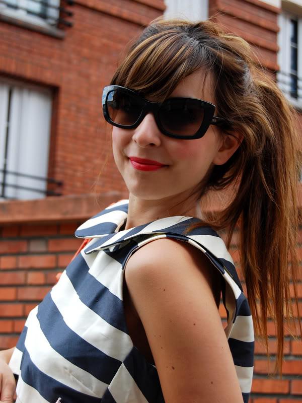 robe ASOS lunettes Prada Nocopynes