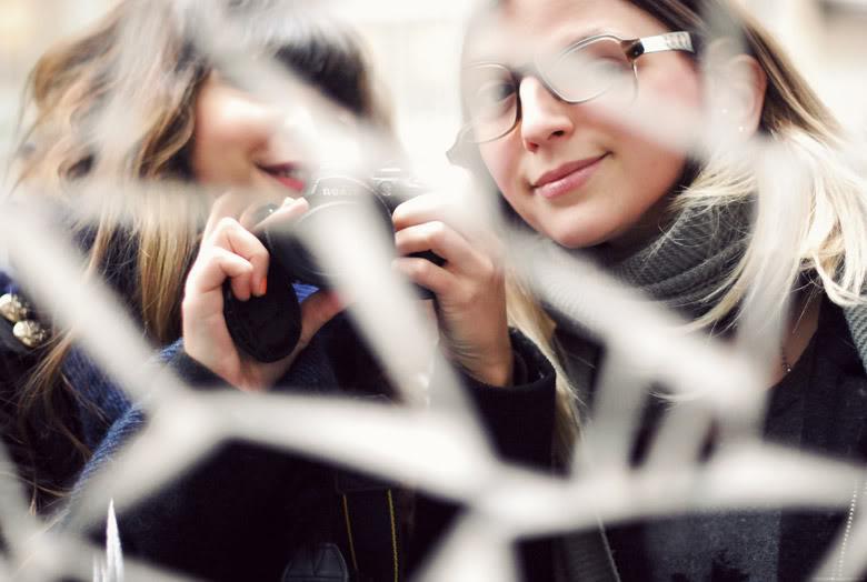 Reflet miroir amies photo fun