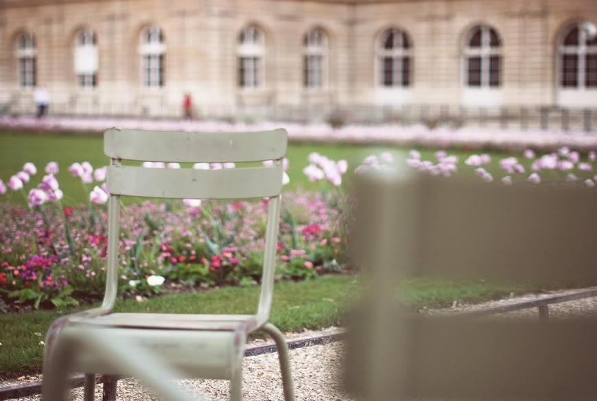 Jardin du Luxembourg Valentine streetstyle