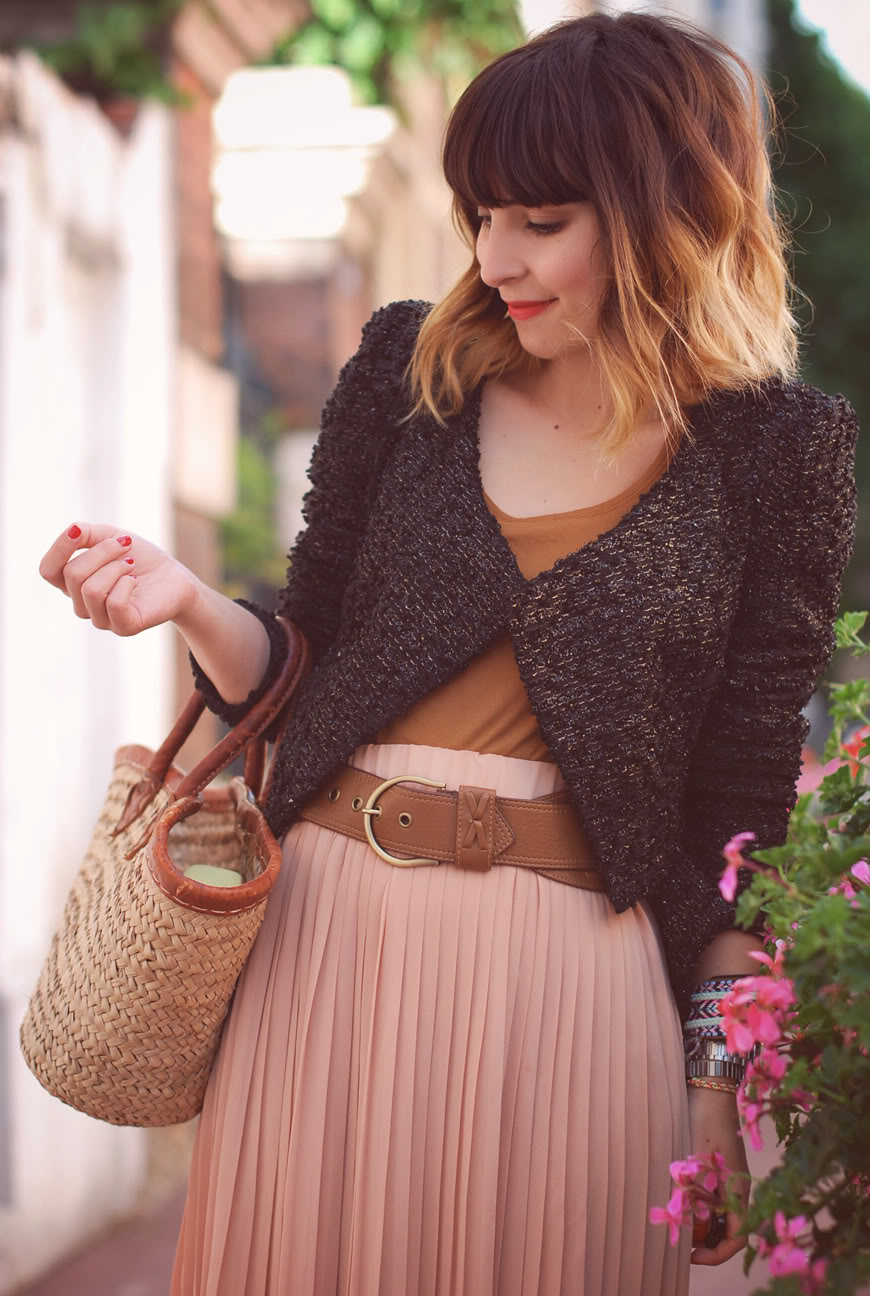 streetstyle pleated long pink skirt Olive Clothing Urba Outfitters