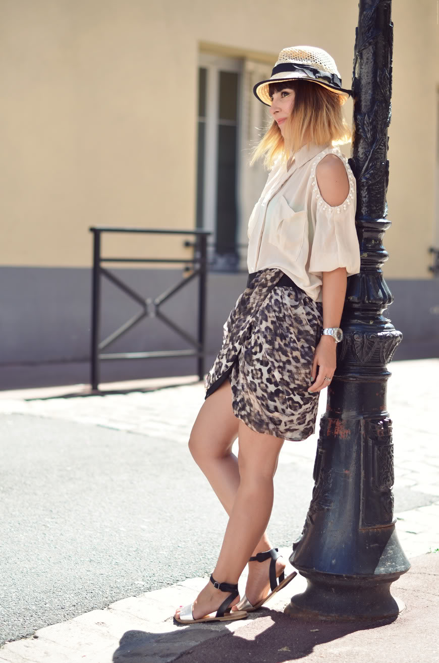 On my shoulders streetstyle shirt pearls skirt sandals Summer Concours Chicwish giveaway