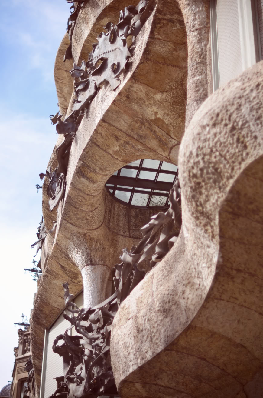 Holà Barcelona Valentine Helloitsvalentine blog travel voyageprivé