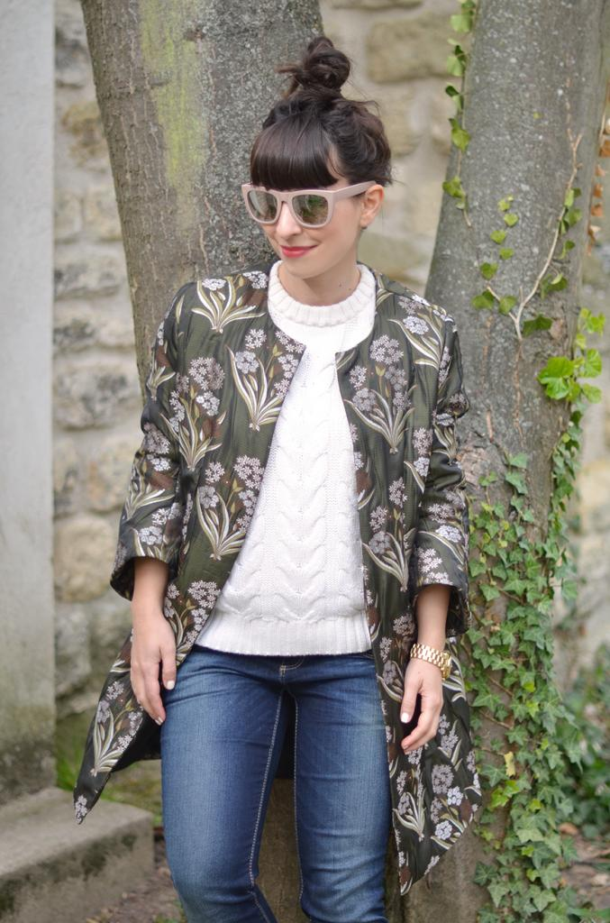 Helloitsvalentine bike bicycle stroll french parisian blogger lifestyle outfit casual cool Concerse All Star