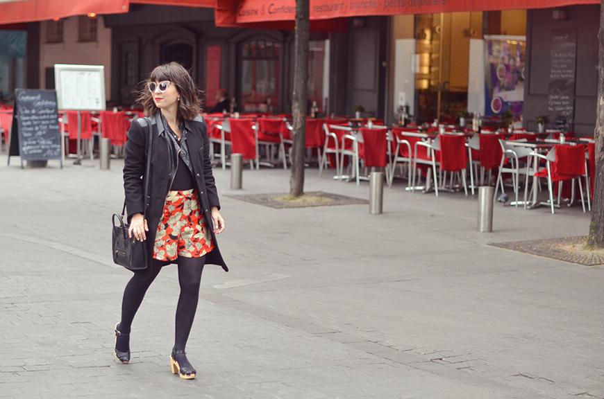 Sabots Suzanne Swedish Hasbeens Helloitsvalentine Place du Marché Saint Honoré Paris streetstyle fashion blogger