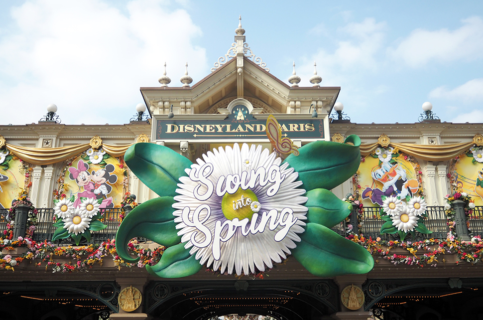 Helloitsvalentine_Disneyland_Spring_10