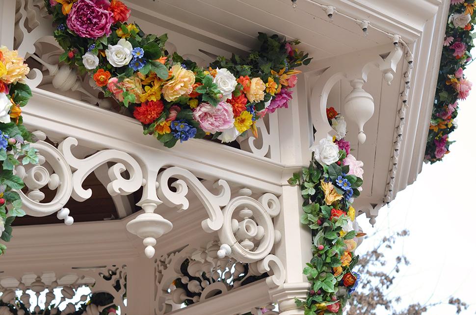 Helloitsvalentine_Disneyland_Spring_12