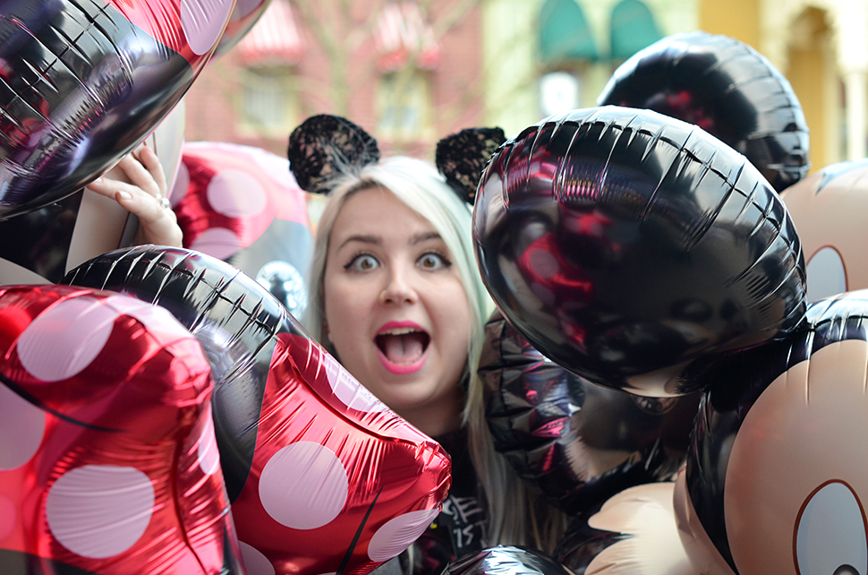 Helloitsvalentine_Disneyland_Spring_30