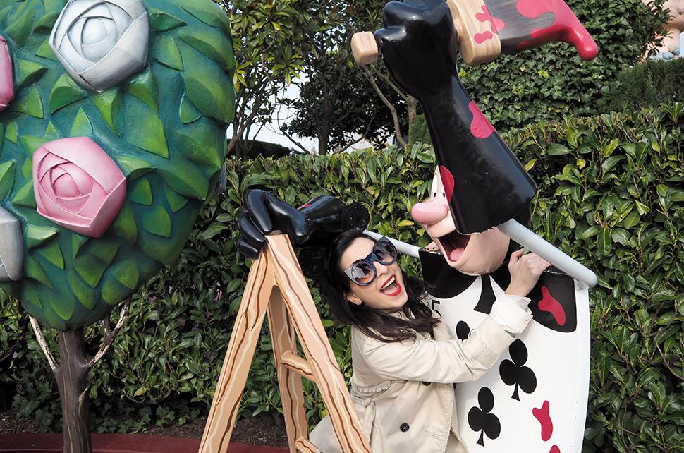 Helloitsvalentine_Disneyland_Spring_33
