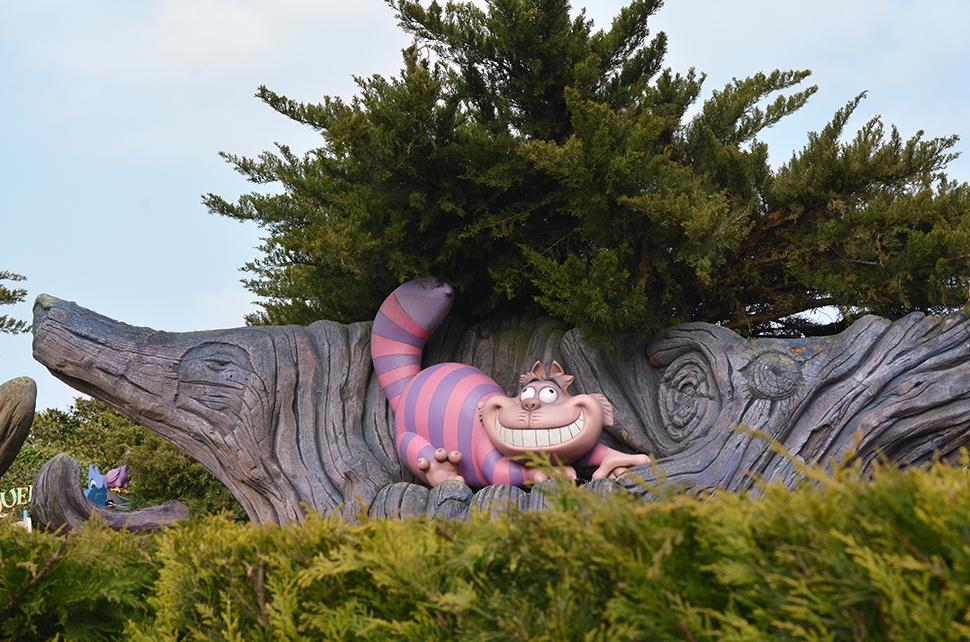 Helloitsvalentine_Disneyland_Spring_4