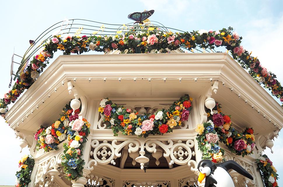 Helloitsvalentine_Disneyland_Spring_9