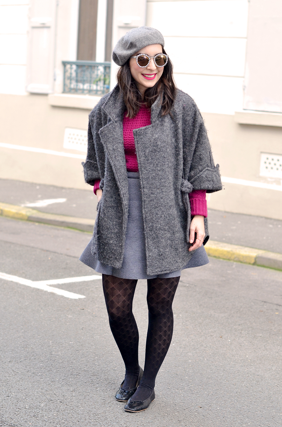 grey_outfit_pink_jumper_9