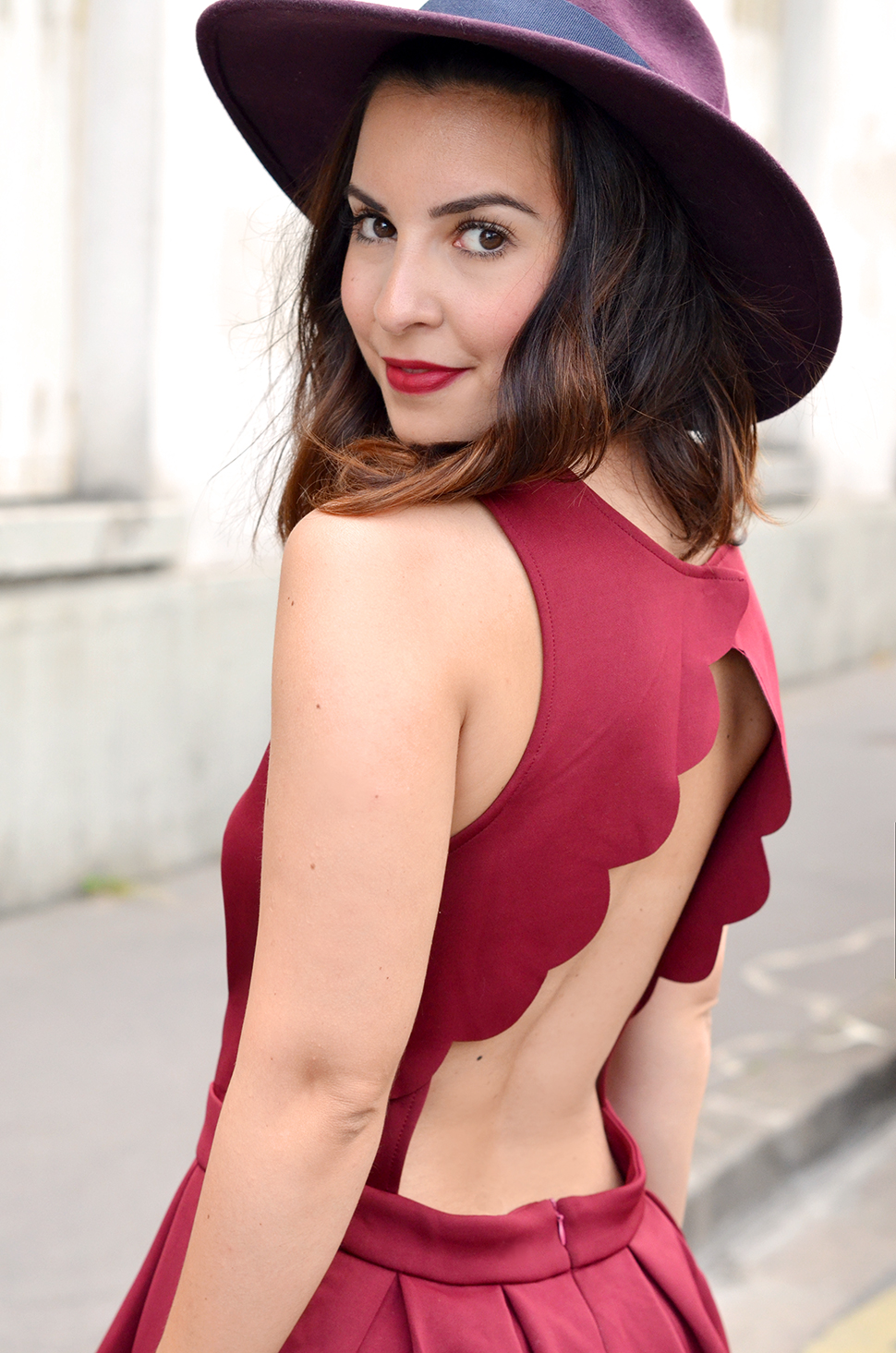 Helloitsvalentine_Burgundy_dress_2