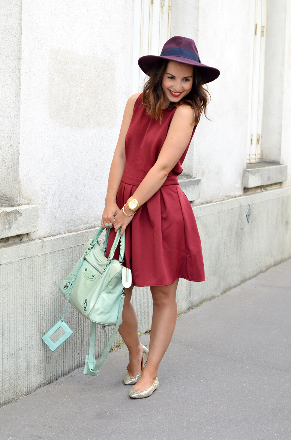 Helloitsvalentine_Burgundy_dress_4