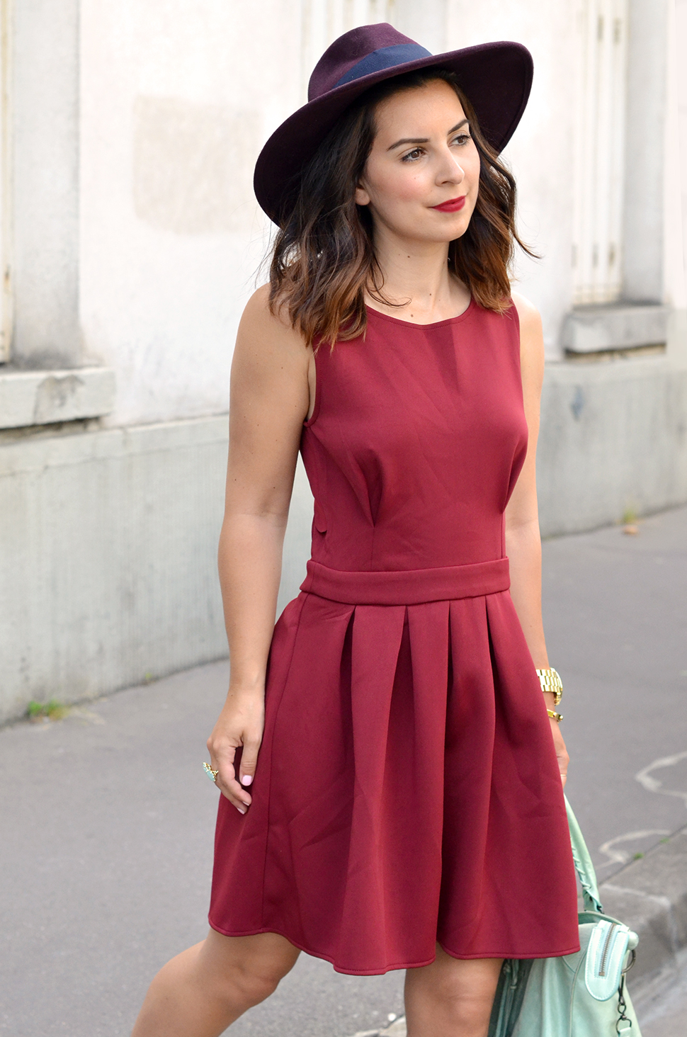 Helloitsvalentine_Burgundy_dress_6