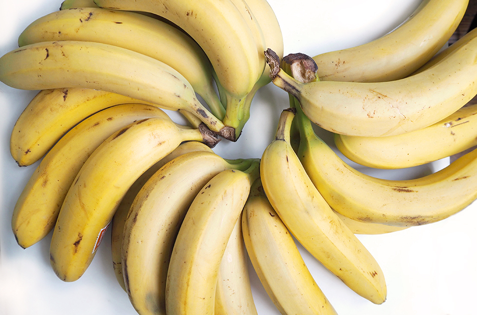 Helloitsvalentine_7Things_bananas