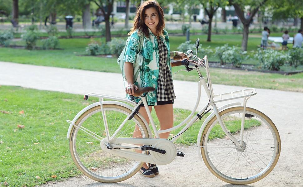 Helloitsvalentine_Anthropologie_look_bike_1