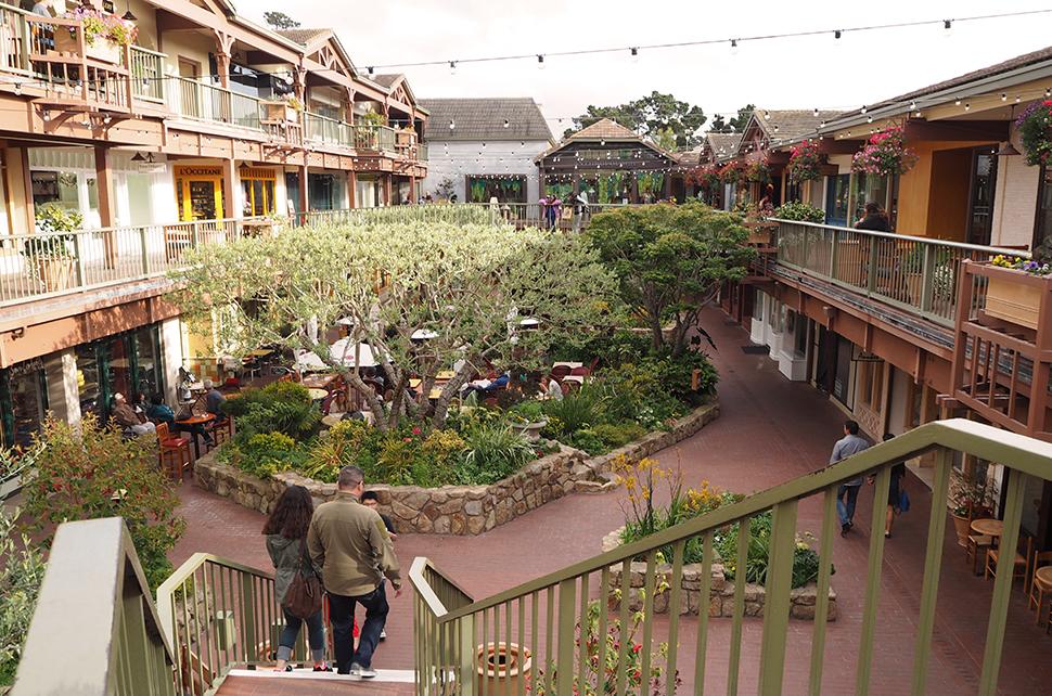 Helloitsvalentine_Monterey_Californie_USA_37