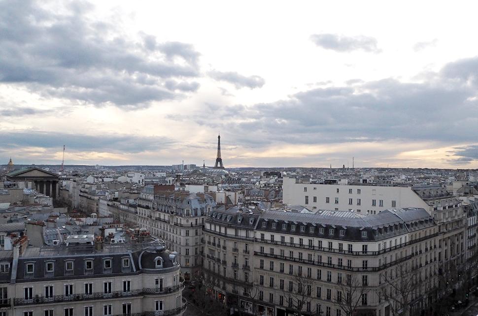 Helloitsvalentine_Paris_1