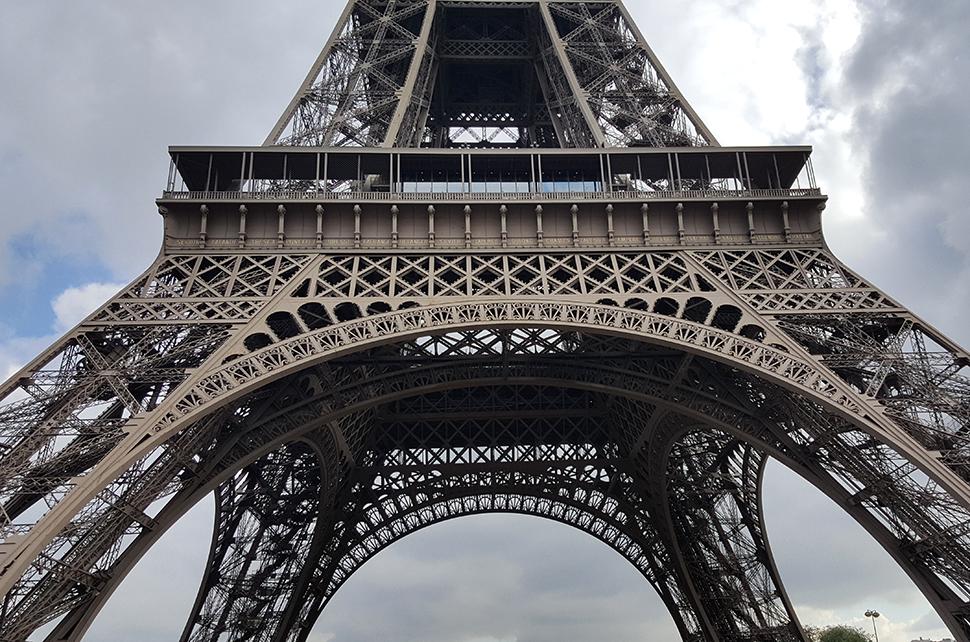 Helloitsvalentine_Paris_23