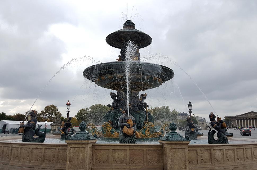 Helloitsvalentine_Paris_3