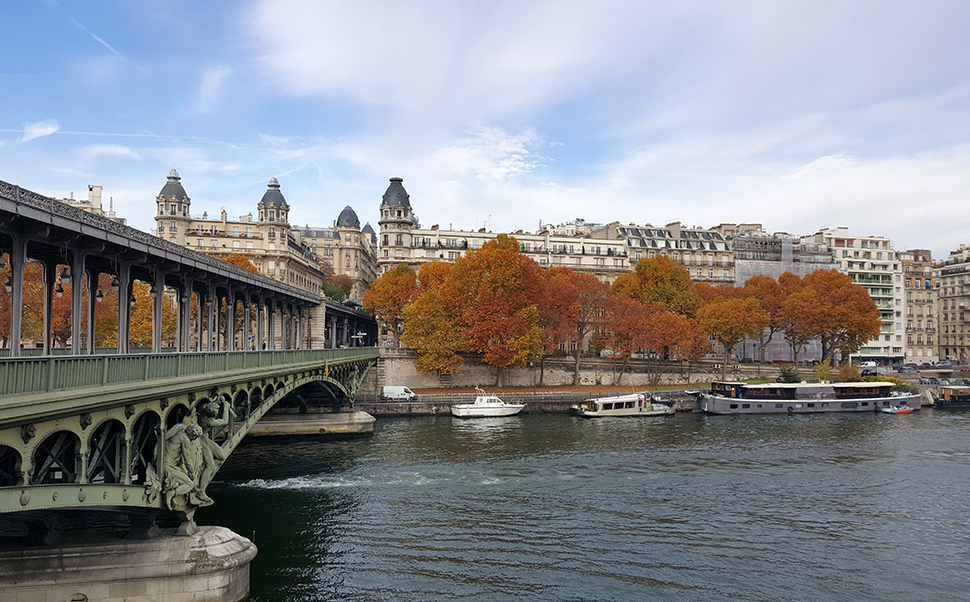 Helloitsvalentine_Paris_31