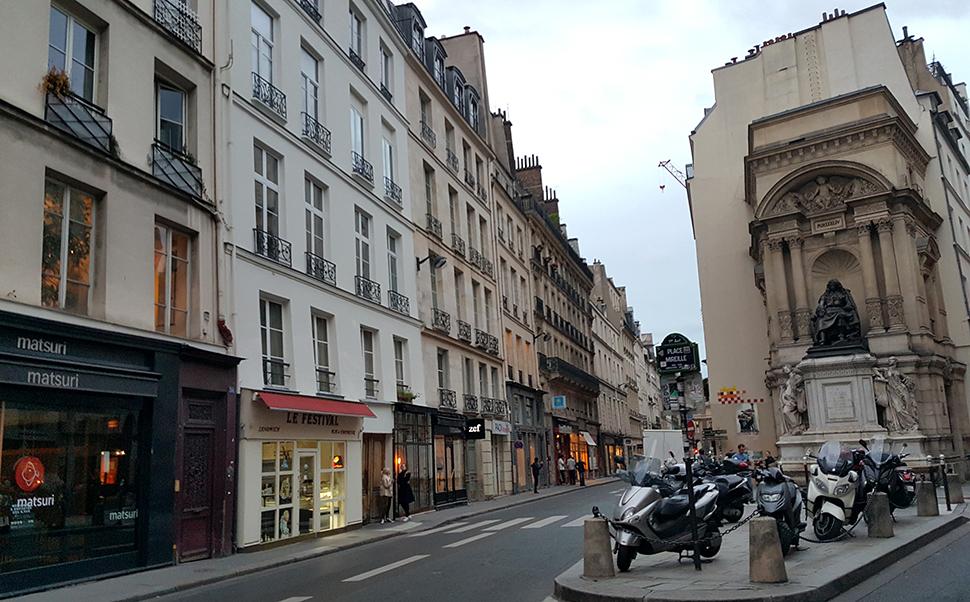 Helloitsvalentine_Paris_43