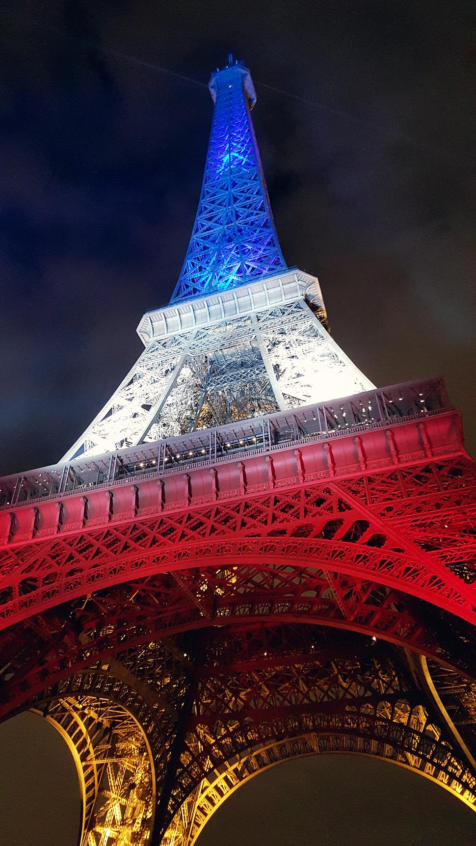 Helloitsvalentine_Paris_44