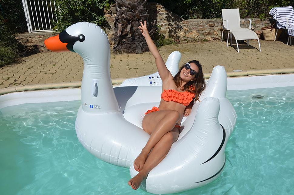 Helloitsvalentine_summer_holidays_39