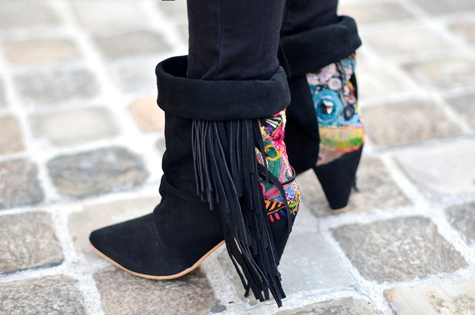 Helloitsvalentine_Pink_Kaki_SquirrelTienda_boots_12