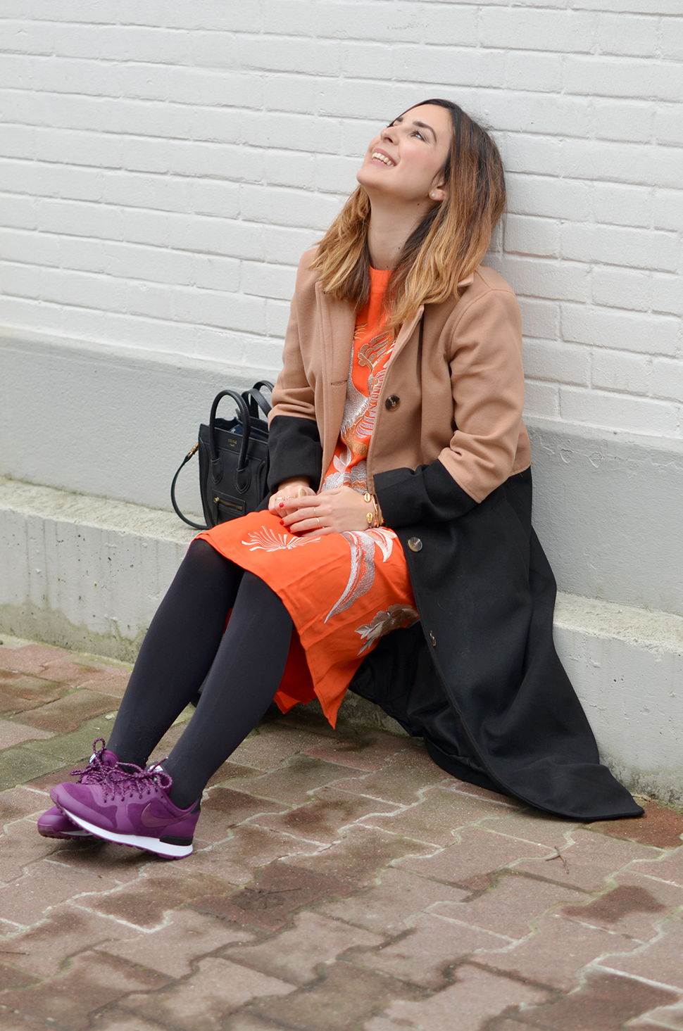 Helloitsvalentine_orangedress_4