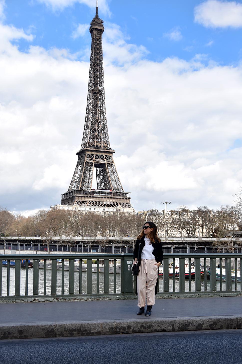 Helloitsvalentine_BirHakeim_Paris_15