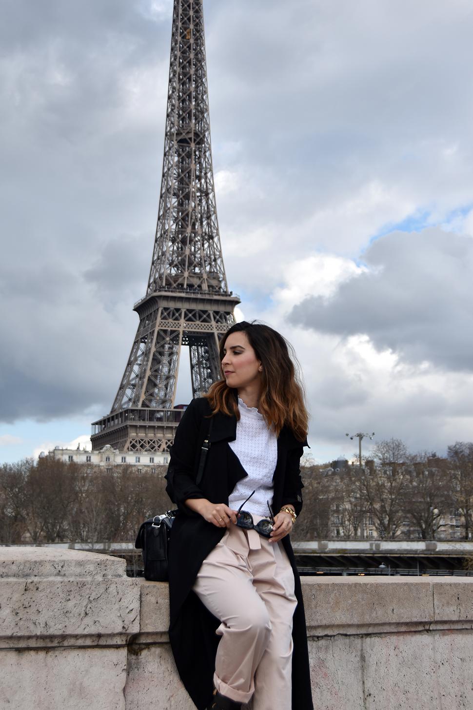 Helloitsvalentine_BirHakeim_Paris_9