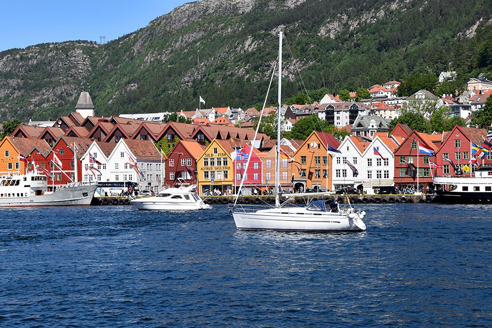 Helloitsvalentine_Norway_Bergen_1