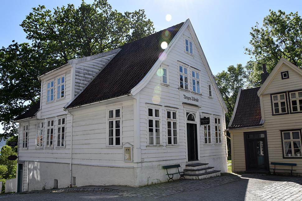 Helloitsvalentine_Norway_Bergen_32