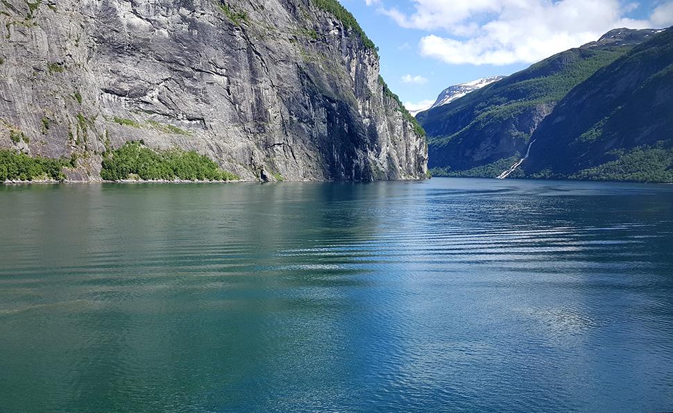 Helloitsvalentine_Norway_Bergen_41