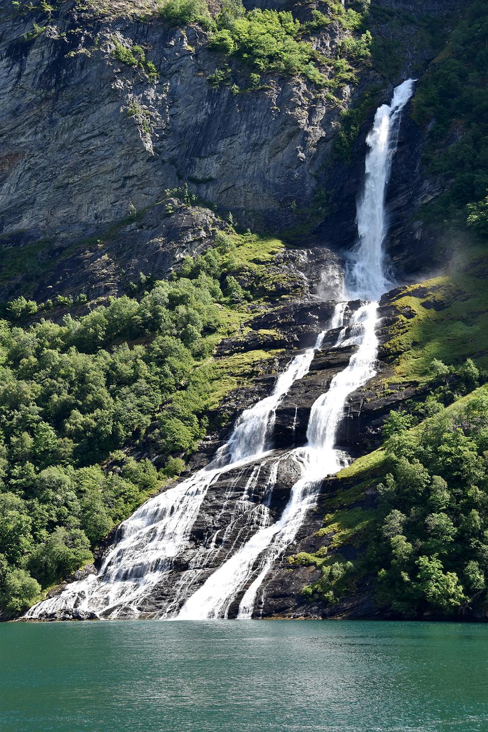 Helloitsvalentine_Norway_Bergen_48
