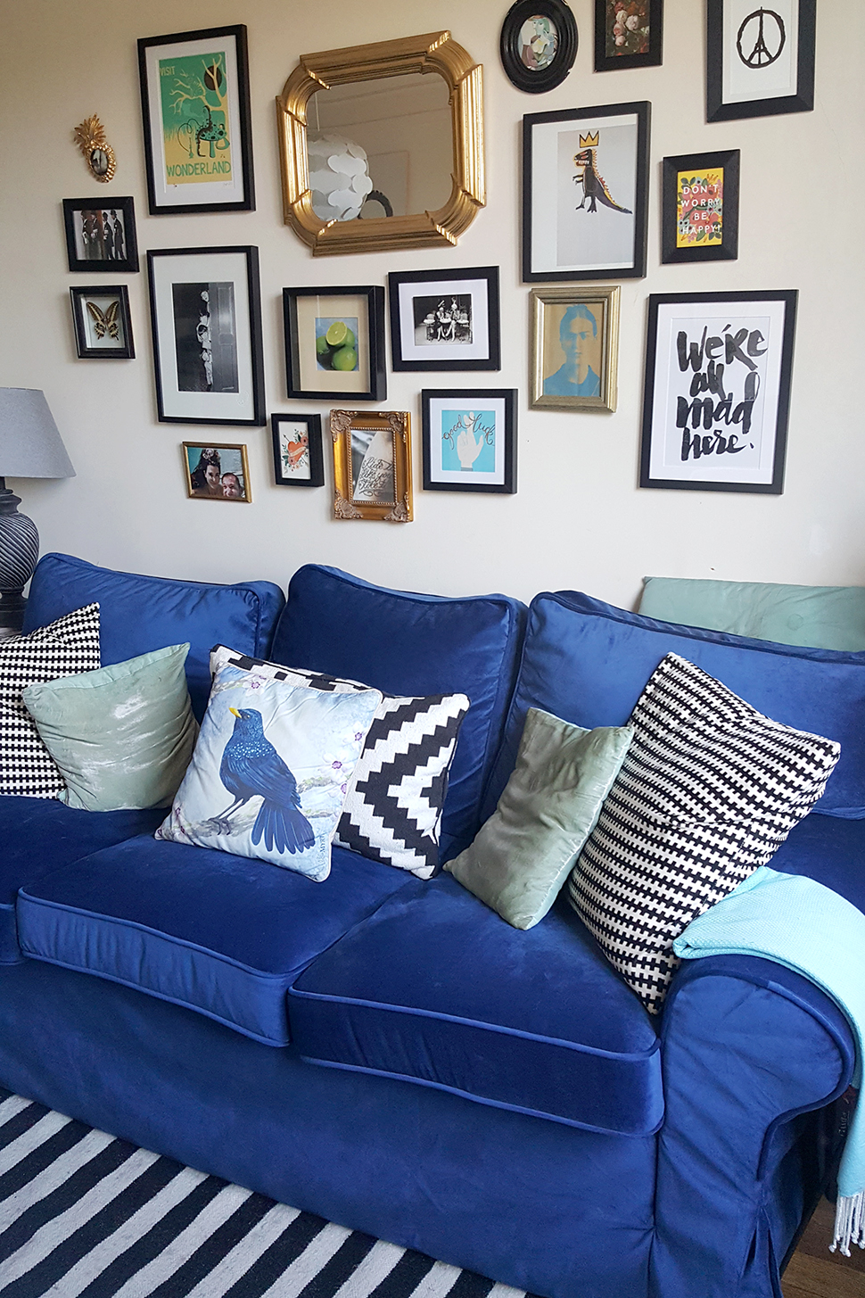 helloitsvalentine_blue_couch_comfortworks_9