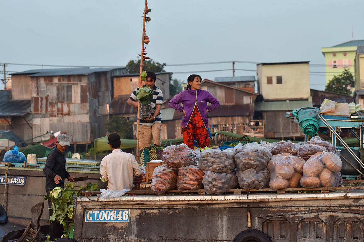 Helloitsvalentine MarcheFlottant CaiRang CanTho DeltaduMekong 5 - Quelques jours au Vietnam – Le marché flottant de Cai Rang à Can Tho sur le Delta du Mékong